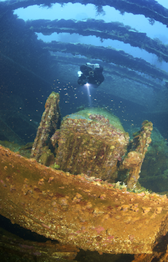 Wreck diver-slideshow